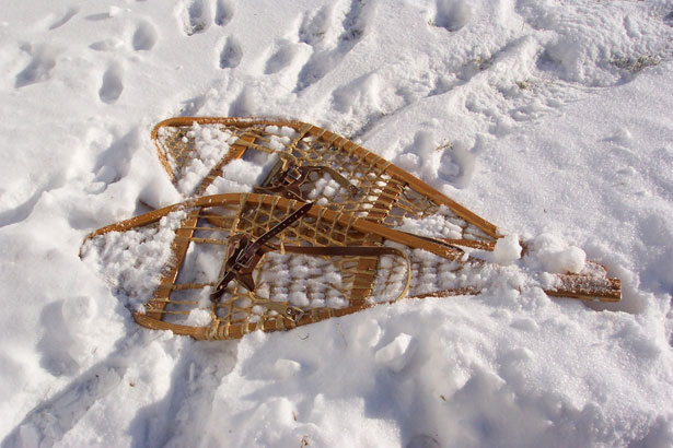 snow-shoes-laying-in-snow