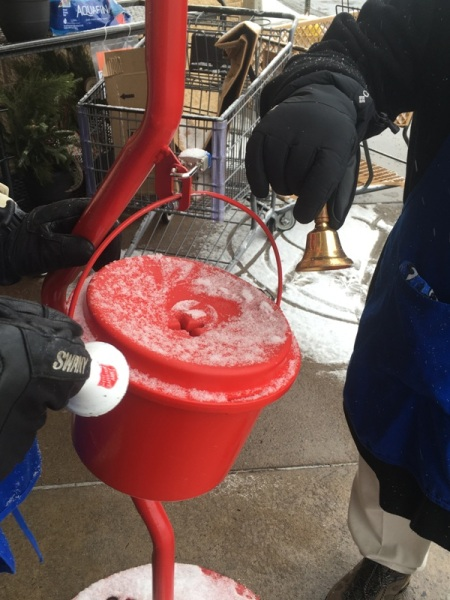 Salvation_Army_Bell_Ringing