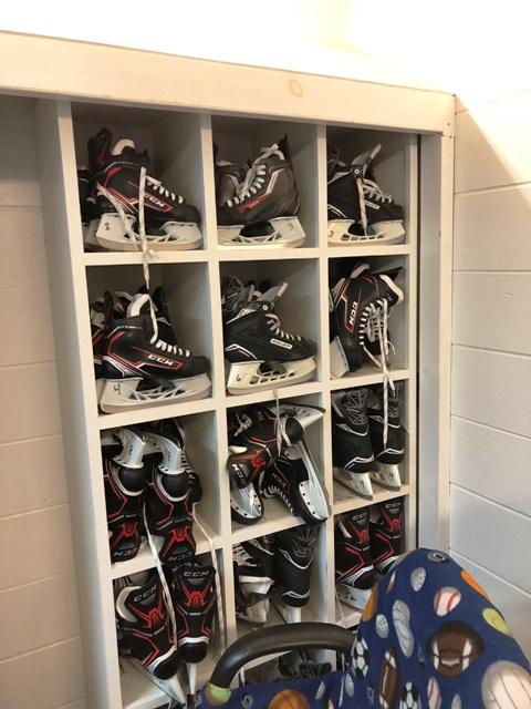 hockey_skates