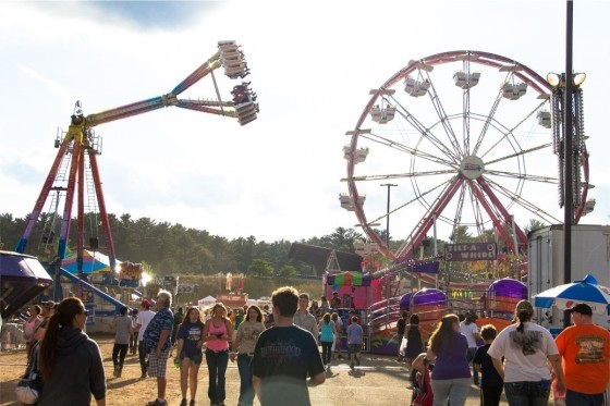 WI-Valley-Fair-midway